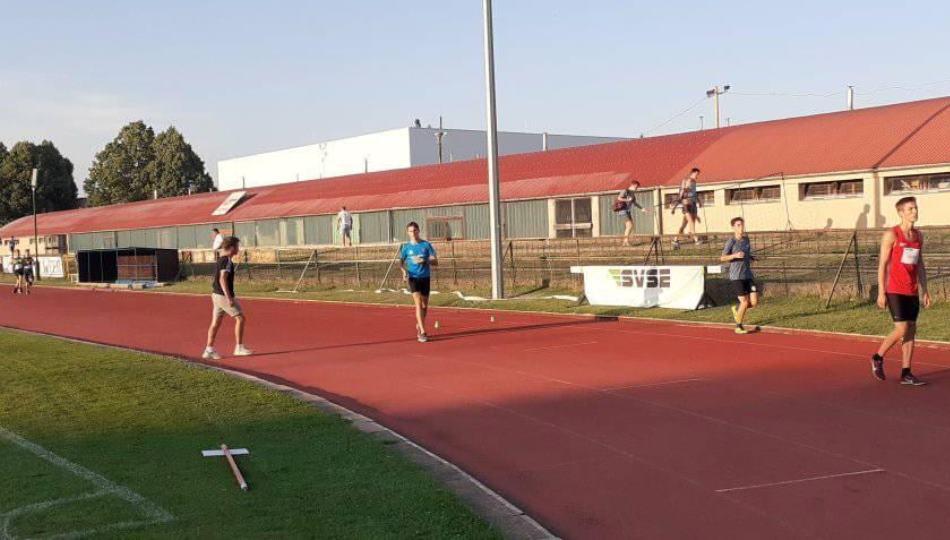 Pápai Atlétikai club - SVSE egyéni csúcsok versenysorozat II. forduló Veszprém